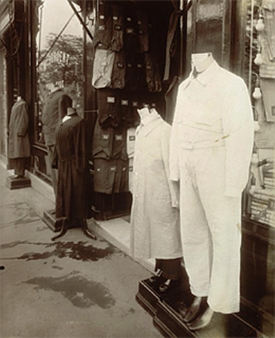 Eugène Atget. Avenue des Gobelins, Paris 1927. Via bnf