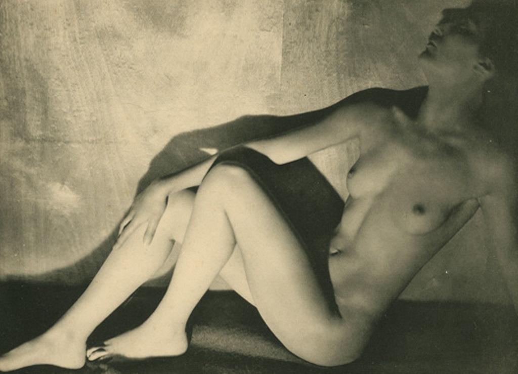 Germaine Krull12. Etude de nu 1930. Via artizar