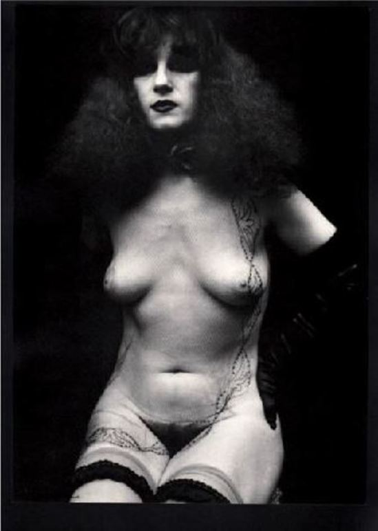 Irina Ionesco. Nu à la dentelle 1935. Via yannlemouel auctions