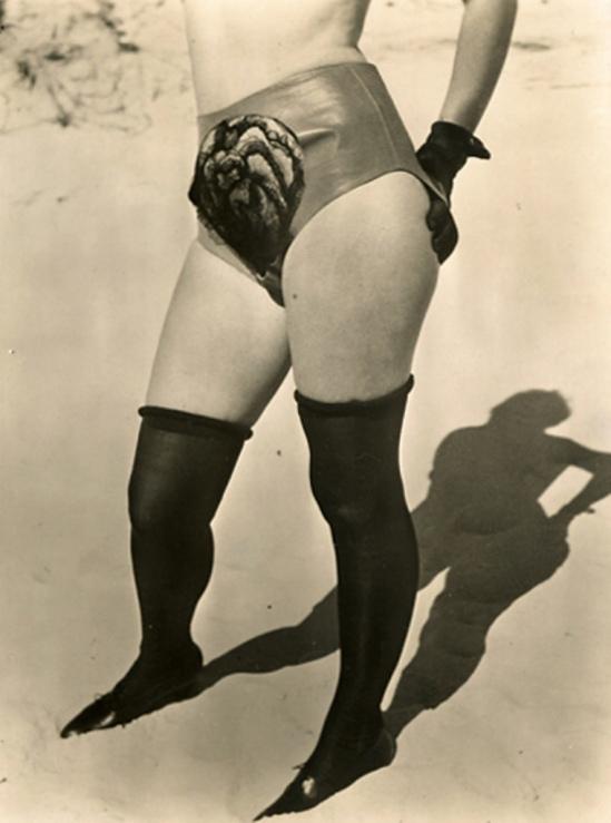 Jean Moral.  Publicité pour Diana Slip 1930. Via iphotocentral