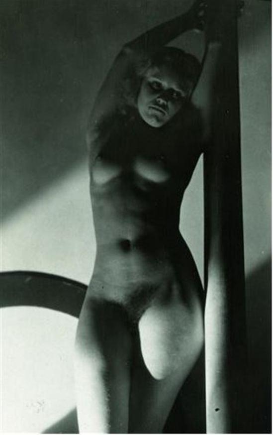 Josef Vetrovsky. Akt 1920- 1929. Via artnet
