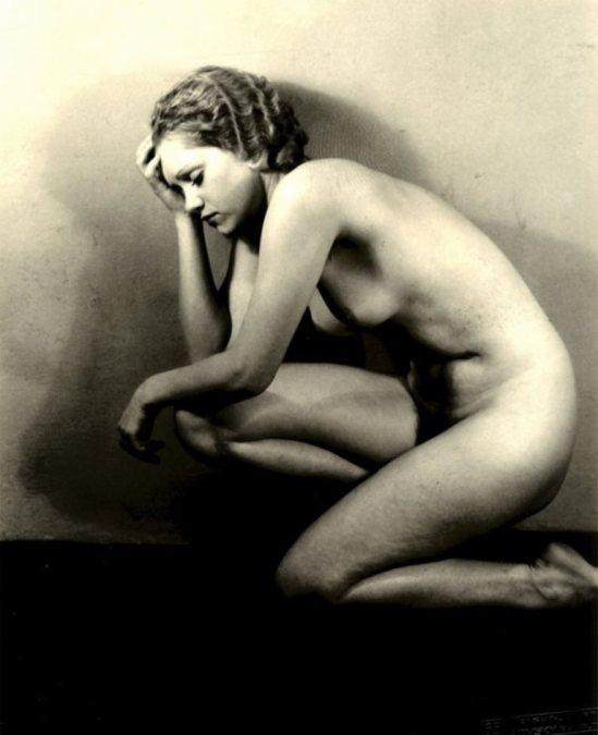 Josef Vetrovsky. Etude de nu 1930. Via liveauctioneers