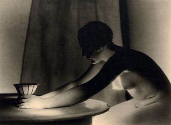 Josef Vetrovsky. Female nude with vase 1929. Via artnet