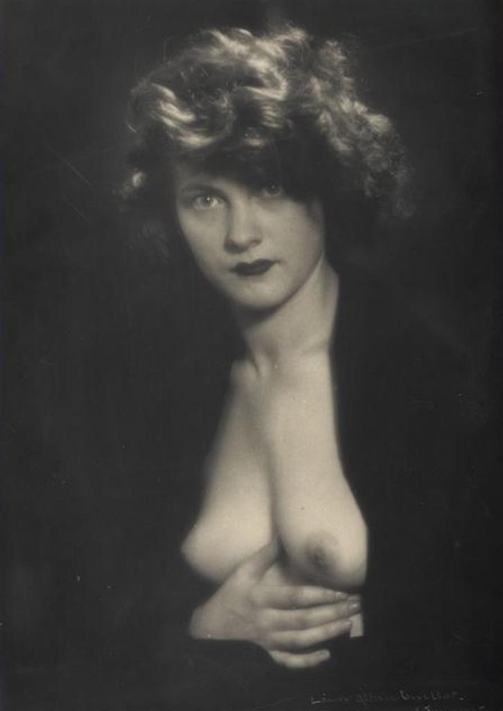 Laure Albin Guillot. Etude de nu 1945. Via rmn