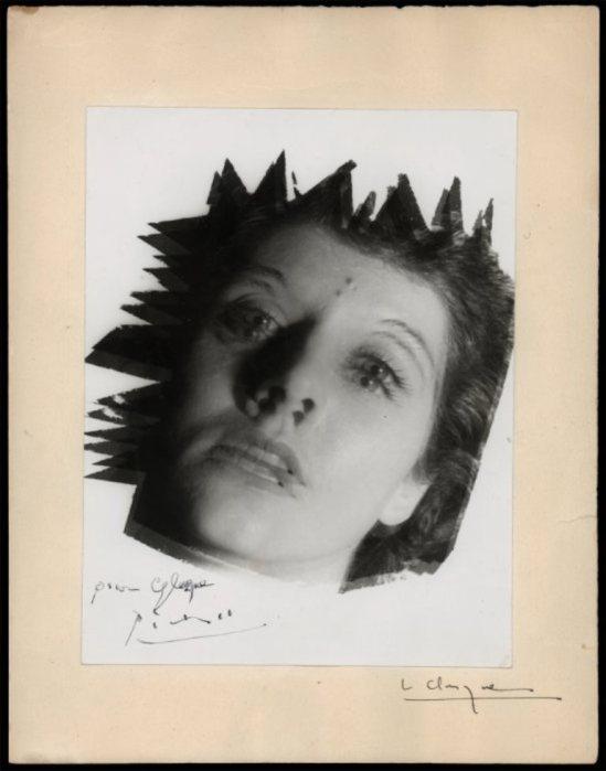 Lucien Clergue. Une amie 1953, photographie d'inspiration surréaliste, tirage vintage signé par Picasso, collection Clergue © Clergue 2014. Via musée réattu