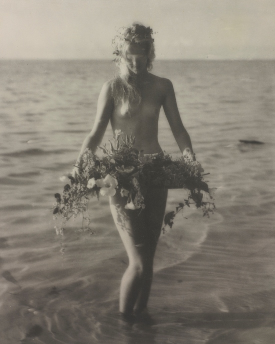 Nell Dorr. Flower Laden 1928-1929. Via cartermuseum