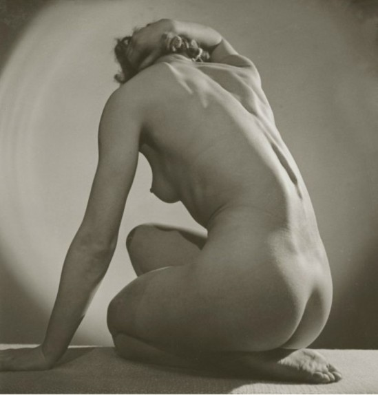 Roger Schall. Assia vers 1933. Via yannlemouel auctions