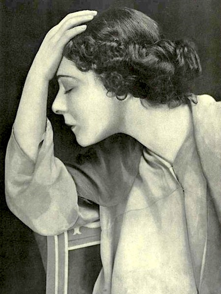 Alla Nazimova poses for Theatre Magazine in June, 1912. Via allanazimova
