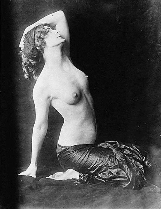 Dancer Adorée Villany1. Non datée. Via loc.gov