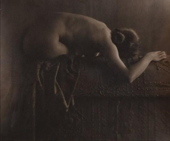 Niccolo Pitschen. Yvette Gaillard  1920. Via liveauctioneers