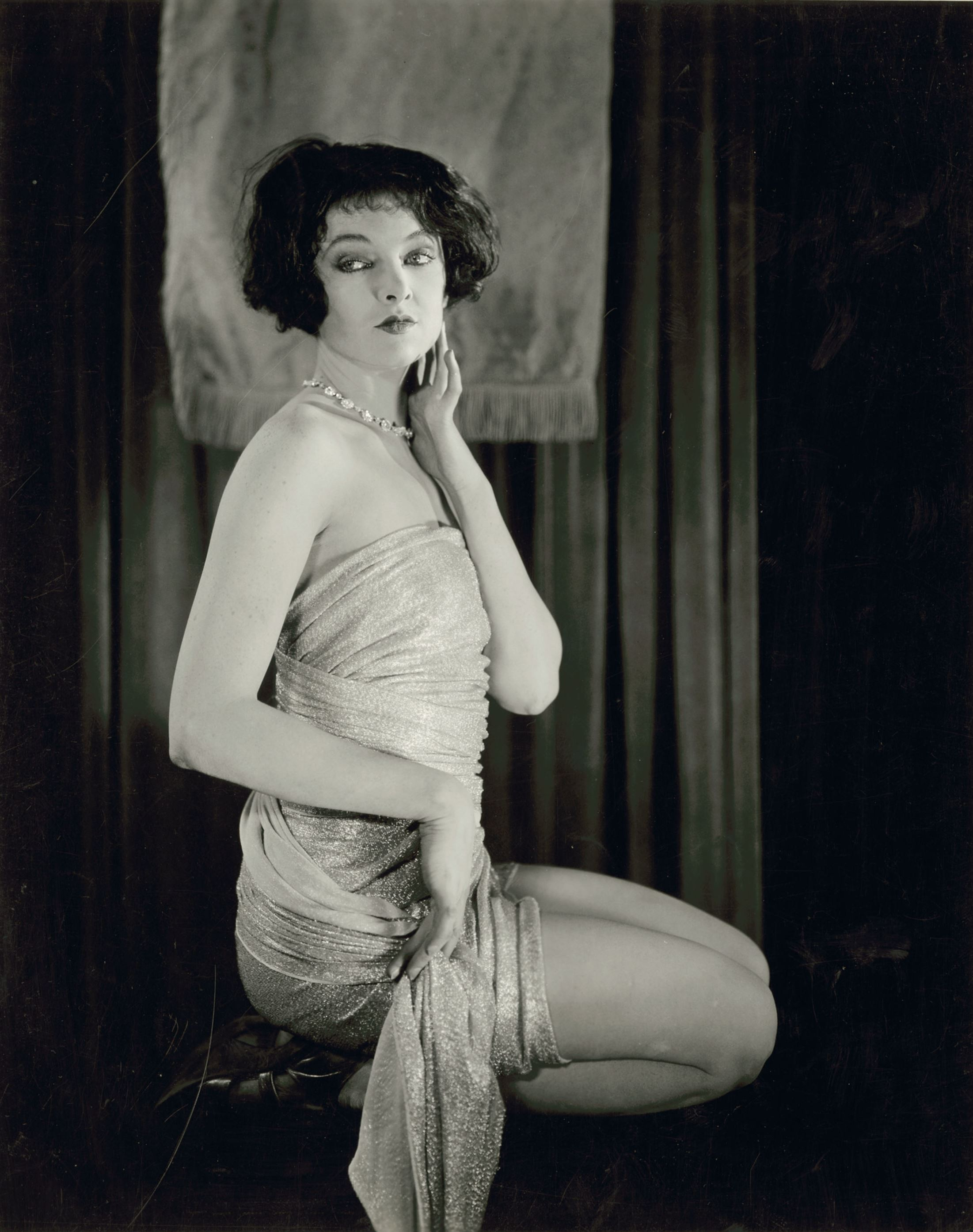 Preston Duncan. Portrait of Myrna Loy  1920's. Via theredlist