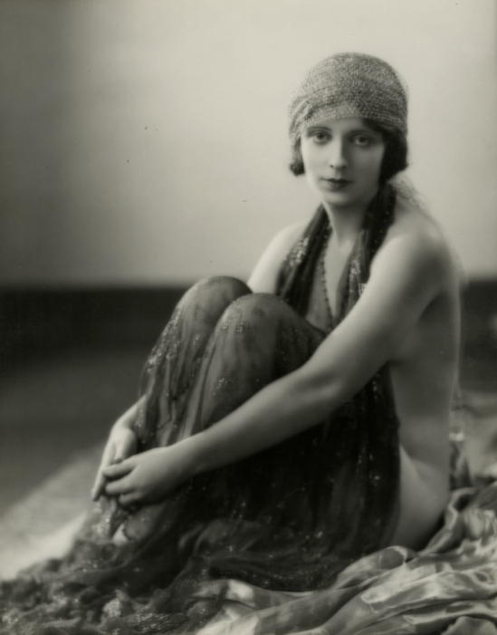 Clarence Sinclair Bull. Kathleen Key 1920's. Via giftvintage on tumblr