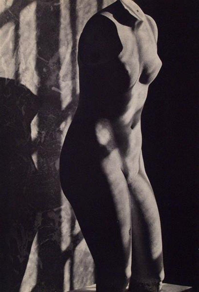 Emmanuel Sougez. Mannequin 1935. Via liveauctioneers