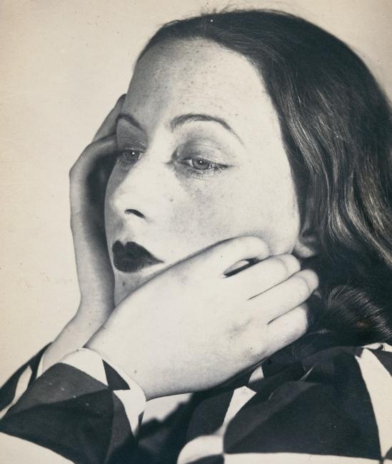 Florence Henri. Portrait composition, Cora 1931. Via jeudepaume