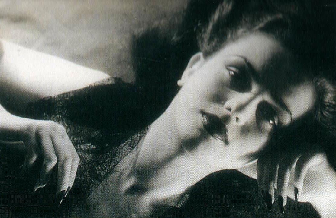 Jacques-Henri Lartigue. Florette, Paris 1944. Scan de Lartigue, l'album d'une vie. ®Centre Pompidou, Editions du Seuil 2003 (5)