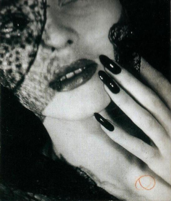 Jacques-Henri Lartigue. Florette, Paris 1944. Scan de Lartigue, l'album d'une vie. ®Centre Pompidou, Editions du Seuil 2003 (6)