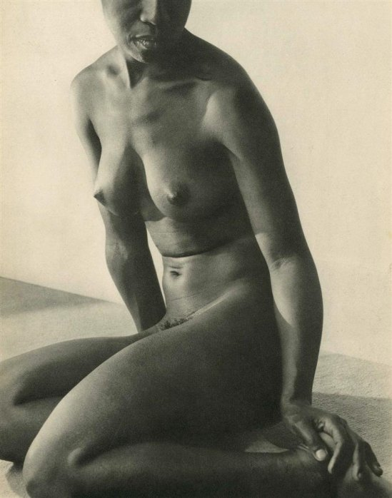 Lusha Nelson. African woman 1934. Via liveauctioneers