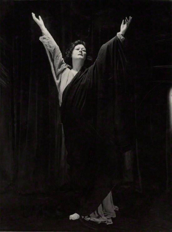 Bertram Park. Isadora Duncan 1921. Via npg