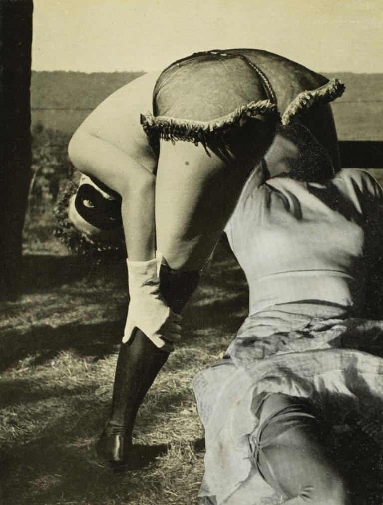 Georges Hugnet. Two women 1934. Via clevelandart