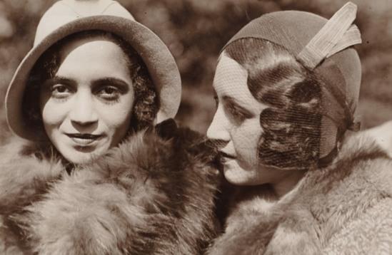 Jacques-Henri Lartigue. Renée Perle  avec Lulu au Bois de Boulogne 1931. Via clevelandart