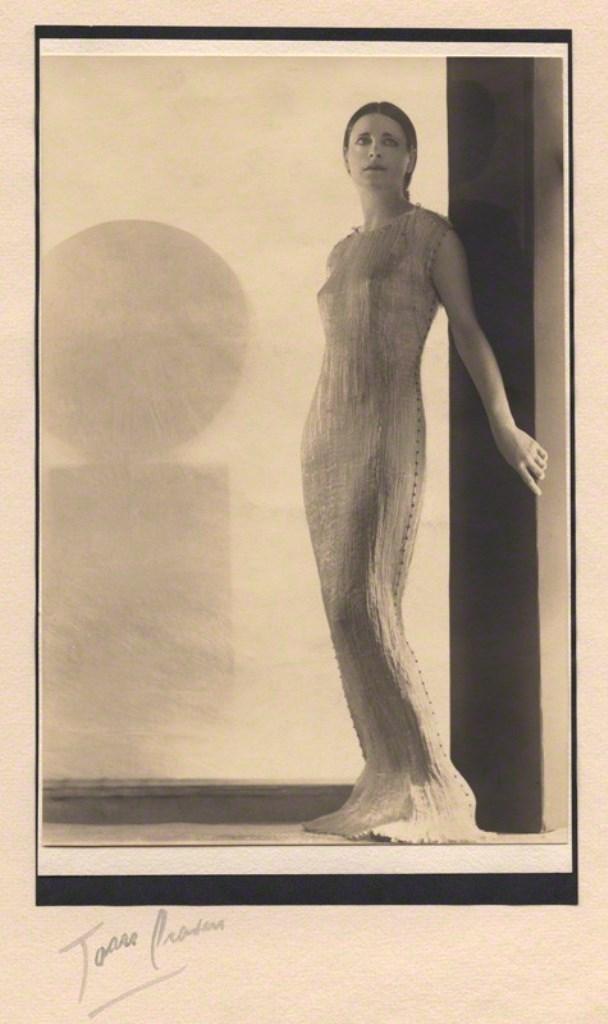 Joan Craven. Harriet Cohen 1930-1935. Via npg