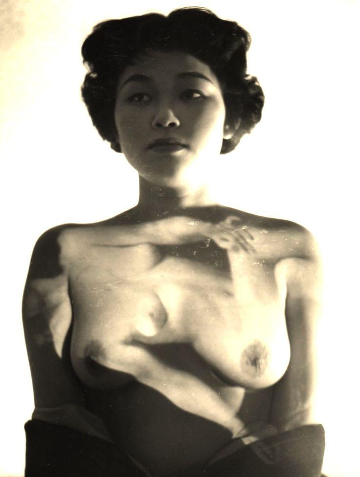 Kansuke Yamamoto1. Work 1950©Toshio Yamamoto