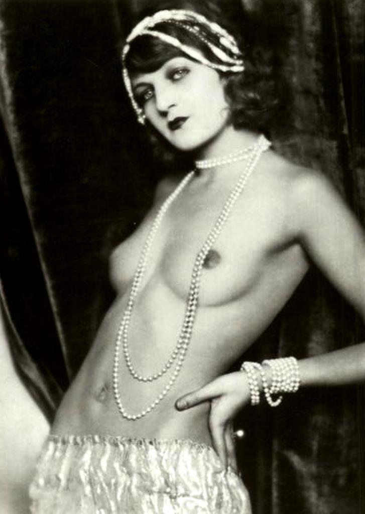 Madame d'Ora. The dancer Kaja Marquita. Via cardcow