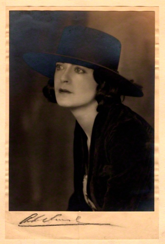 Malcolm Arbuthnot. Harriet Cohen 1920s. Via npg