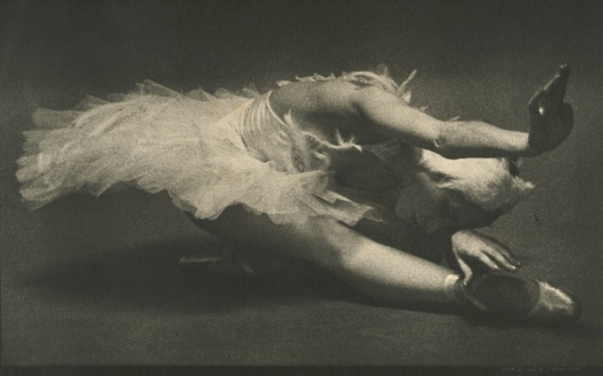 Max Waldman. Natalia Makarova in the Dying Swan 1970. Via iphotocentral