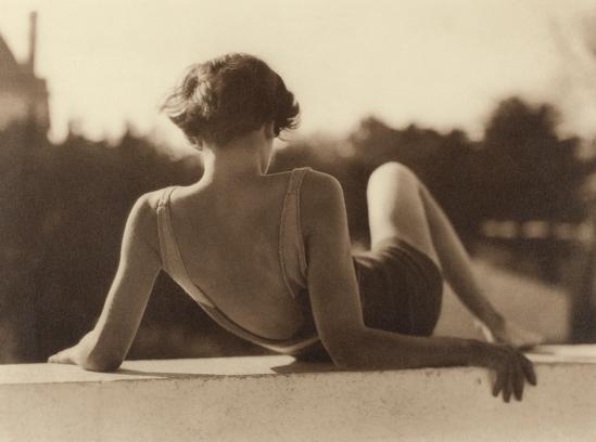 Photographe anonyme. France vers 1939.Via lumièresdesroses