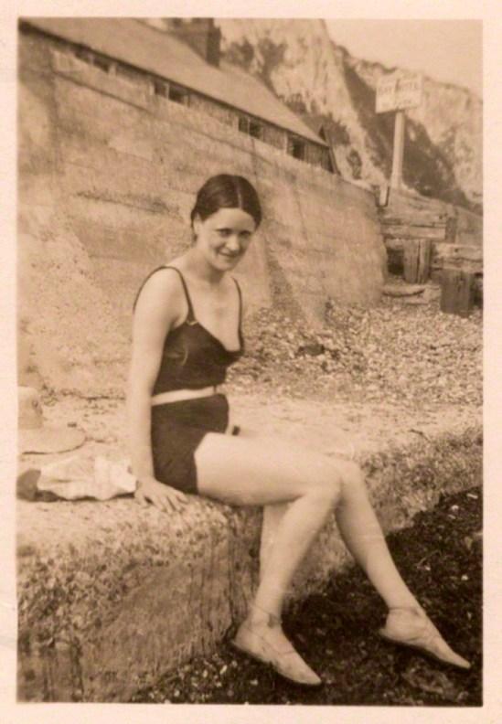 Unknown photographer. Harriet Cohen 1930s. Via npg