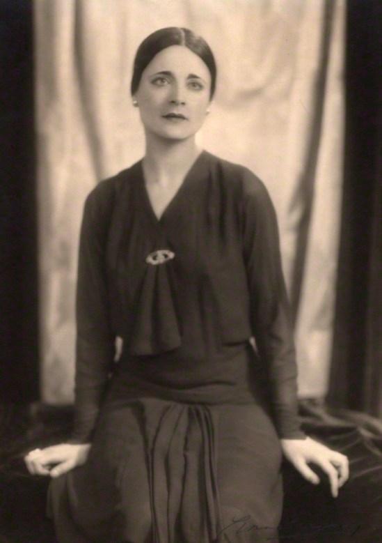 Yvonne Gregory. Harriet Cohen 1928. Via npg
