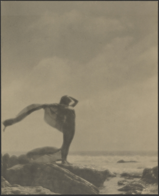Arthur F. Kales. The siren 1920. Via getty