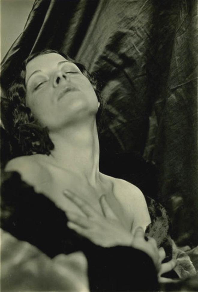 Charles Gate Sheldon. Portrait de l'actrice  Madeline Hurlock. Via historicalzg