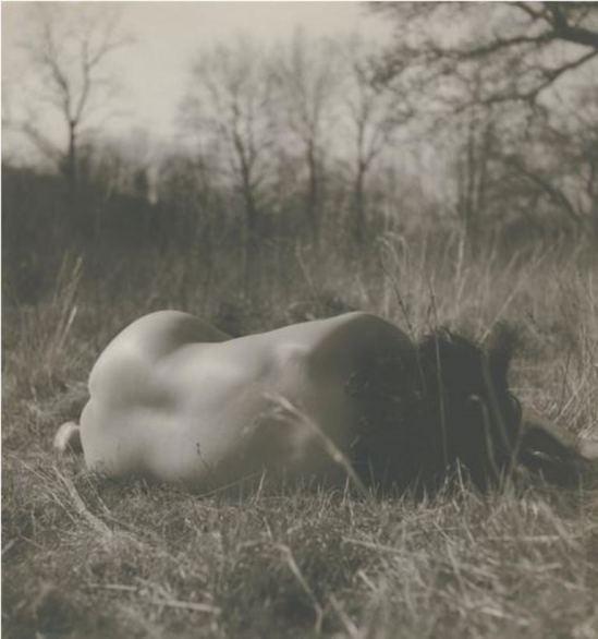 Josef Breitenbach. Sans titre 1952. Via ccpemuseum