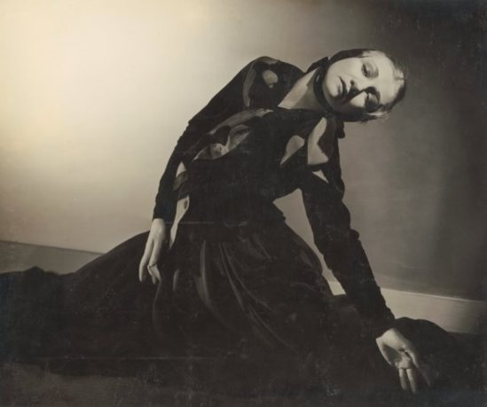 Max Dupain. Portrait of Helene Kirsova, as the Widow in L'Amour sorcier for the Monte Carlo Russian Ballet, 1936-1937. Via nla