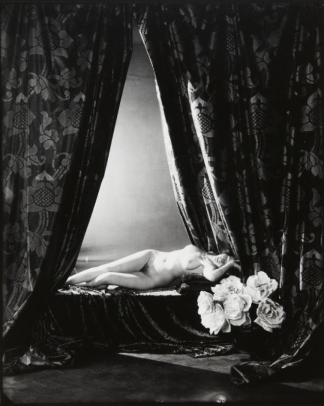 Frantisek Drtikol. Reclining nude and roses. Via artmuseum