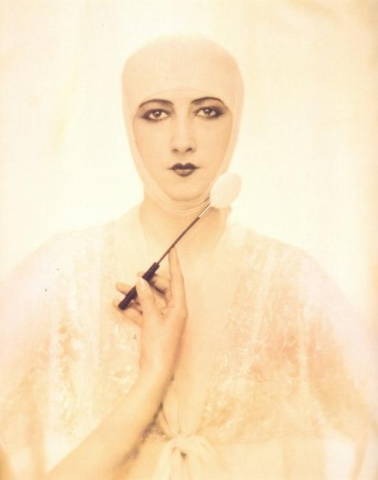 Baron Adolph de Meyer. Elizabeth Arden cosmetics ad, 1927. Via michaellothphotography