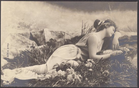 Léopold Reutlinger. Lutece as the Dreaming Venus 1900. Via etsy