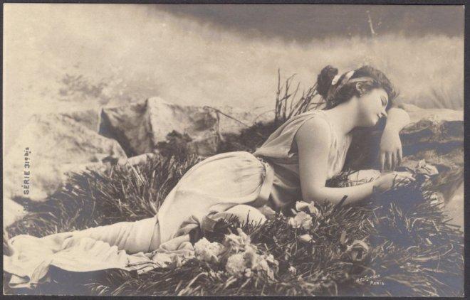Léopold Reutlinger. Lutece as the Dreaming Venus 1900. Via etsy