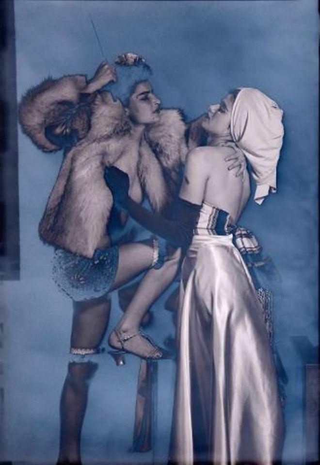 Man Ray. Juliet et Selma Browner 1945. ® Man Ray Trust