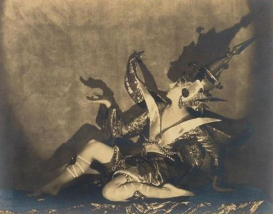 Nickolas Muray. Ruth Page's first solo The Poisoned Flower  1921. Via artnet