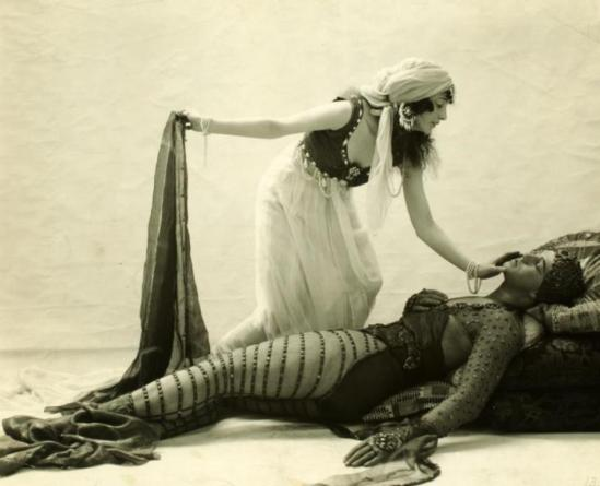 Ted Shawn and Margaret Loomis in The Topaz Prince 1919. Via nypl