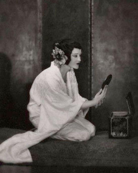 Emil Otto Hopé. Portrait of Elizabeth Nelvi 1916. Via corbis