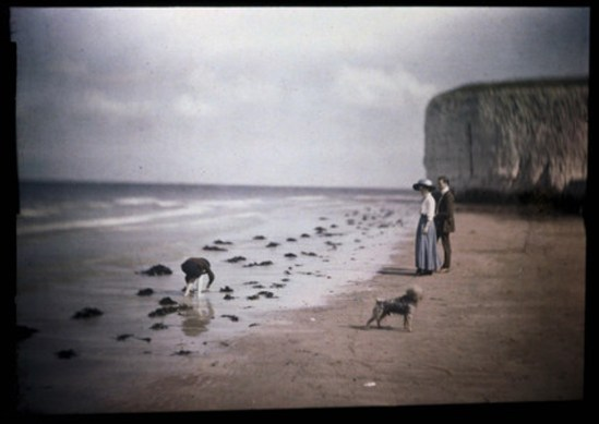 John Cimon Warburg. Margate Beach, blue girl 1908. Via ssplprints