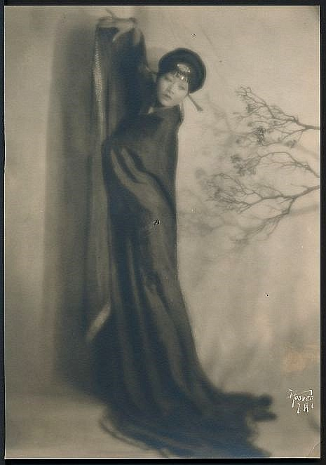 A Vintage 1920's Original Photograph depicting the beautiful Anna May Wong in a traditional Chinese dress. Via ebay