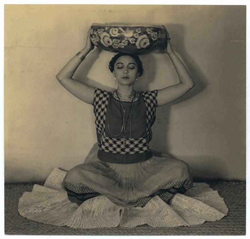 Edward Weston. Rosa Rolando(Rosa Covarrubias)  1926. Via catarinaudlap