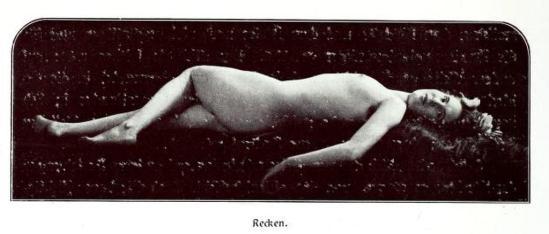 From the book Weibliche Schönheit. Kritische Betrachtungen über die Darstellung des Nackten in Malerei und Photographie. Dr. Bruno Meyer Stuttgart3 Kunitverlag von Klemm & Beckmann, 1904