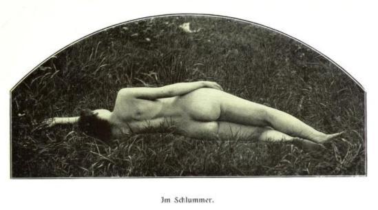 From the book Weibliche Schönheit. Kritische Betrachtungen über die Darstellung des Nackten in Malerei und Photographie4. Dr. B