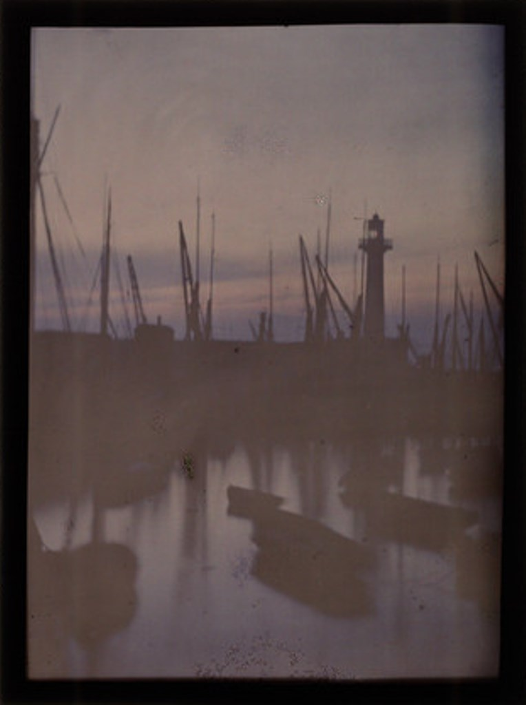 John Cimon Warburg. Sunset and fishing boats 1909. Autochrome. Via ssplprints